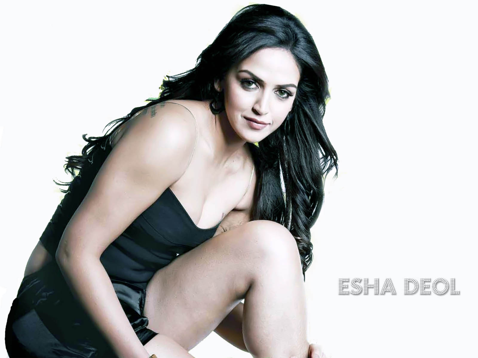 indian fashion trends: bollywood esha deol tattoo's wallpapers