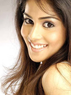 genelia dsouza+Beautiful+Wallpapers Genelia DSouza Wallpapers, Bollywood Gossip &amp; Biography, Photos