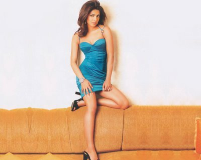 wallpaper hot actress. Hot Bollywood Actress Pics