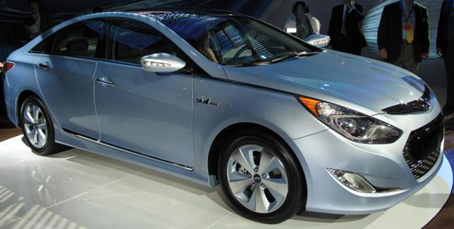 Hyundai Also Unveiled Its 209 Horsepower 2011 Sonata Hybrid Delivering  Electric Vehicle Operation At Steady State Speeds Of Up To 62 Miles Per  Hour   Thatu0027s ...