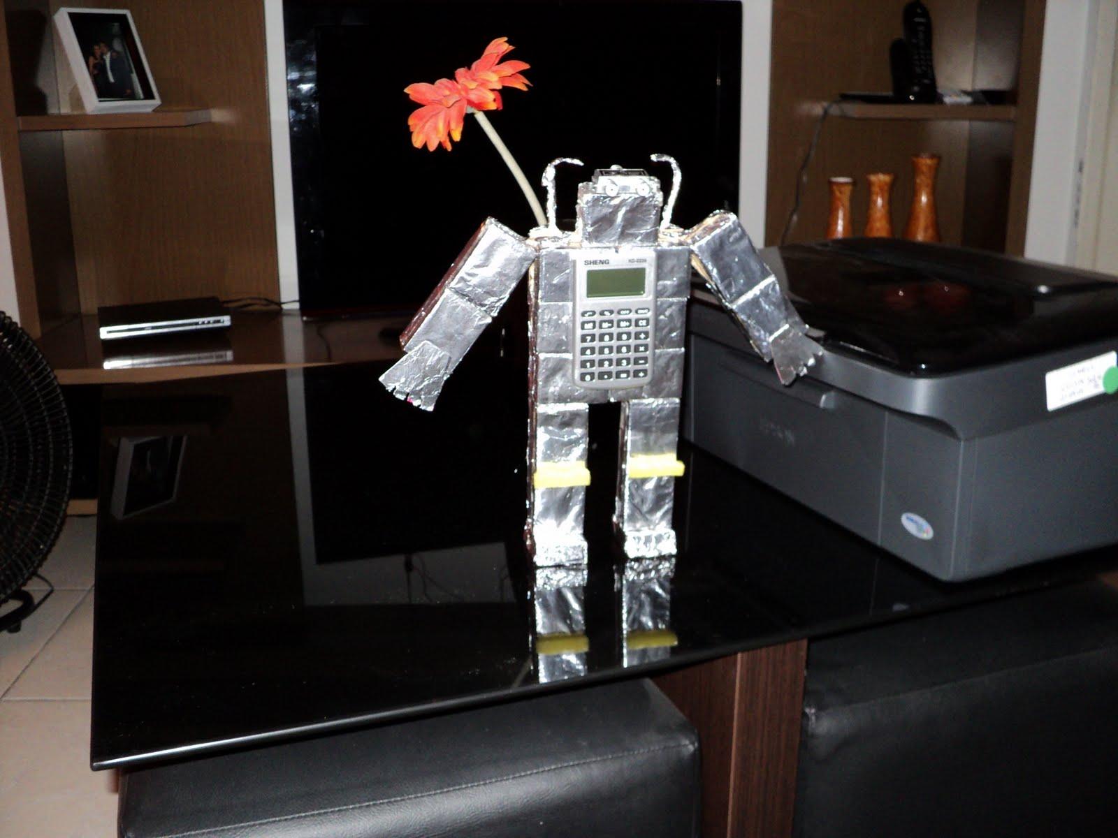 Suficiente Informatica Educativa: Trabalho de Robótica - Material Reciclado IN05