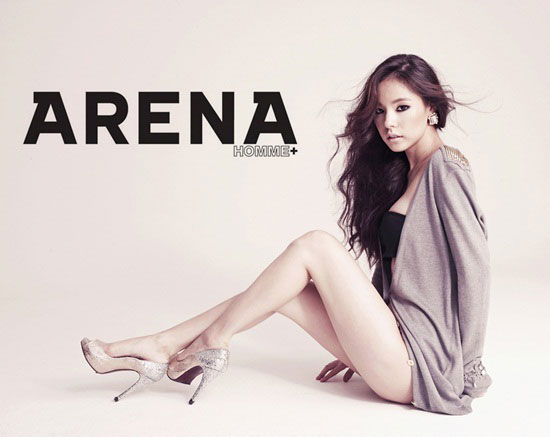 Arena shows Min Hyo-rin's sexy style
