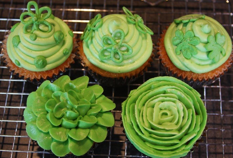 [st-pattys-cupcake-assortment.jpg]