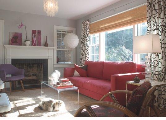[AH+pink+sofa]