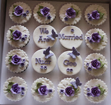 FONDANT WEDDING CUPCAKES
