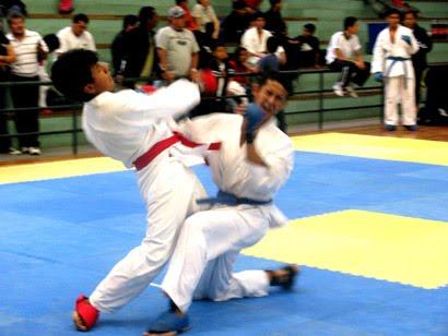 En Puntos Para Coronarse  O Campe  N Del Interclubes De Karate Do