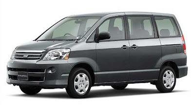 Toyota Noah 2 generacion