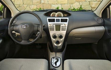 toyota yaris 2011. 2011 Toyota Yaris