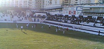 Jogo da primeira fase no Estádio São Luís, onde se registou um empate 1-1