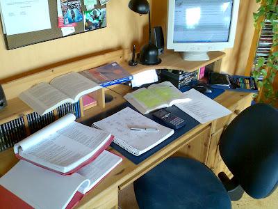 Life chaos auf meinem schreibtisch for Schreibtisch chaos