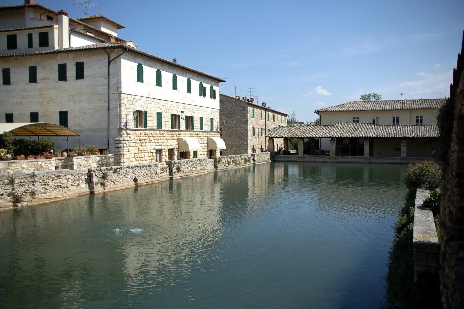Gcf bagno vignoni - Il loggiato bagno vignoni ...