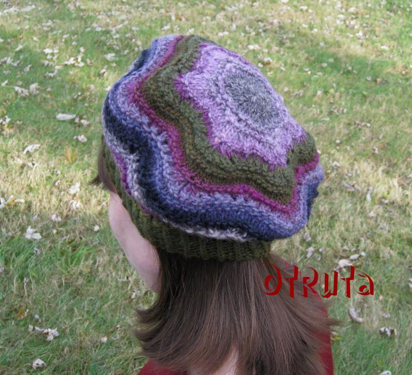 Star Knitting Pattern : Rainbow Knitting: Star Noro Hat pattern