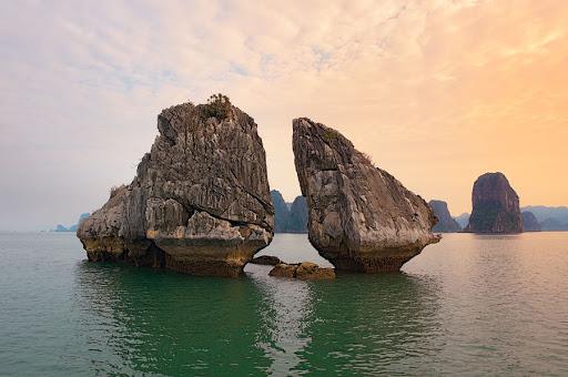 Вьетнам. Бухта Халонг (20 фото)