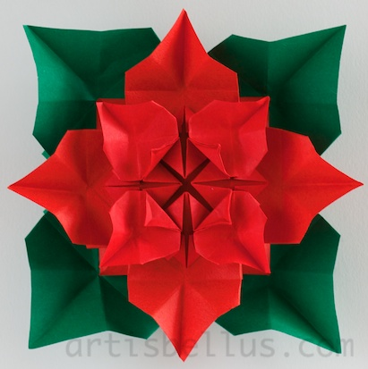 Christmas Wreath - New Poinsettia Model | Origami - Artis Bellus