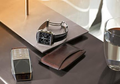 MERIDIIST the first mobile phone by TAG Heuer