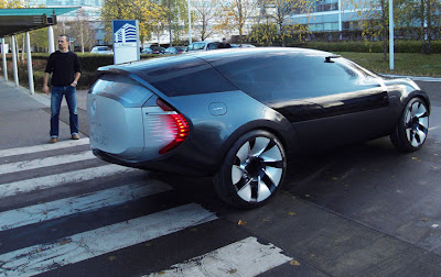 .MGX and Ondelios Renault's Concept Car