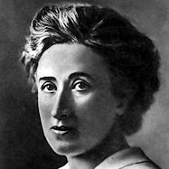 HAYAN SUPUESTO CADAVER DE ROSA DE LUXEMBURGO
