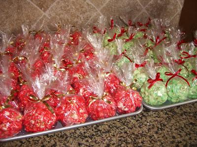 how to make christmas popcorn balls