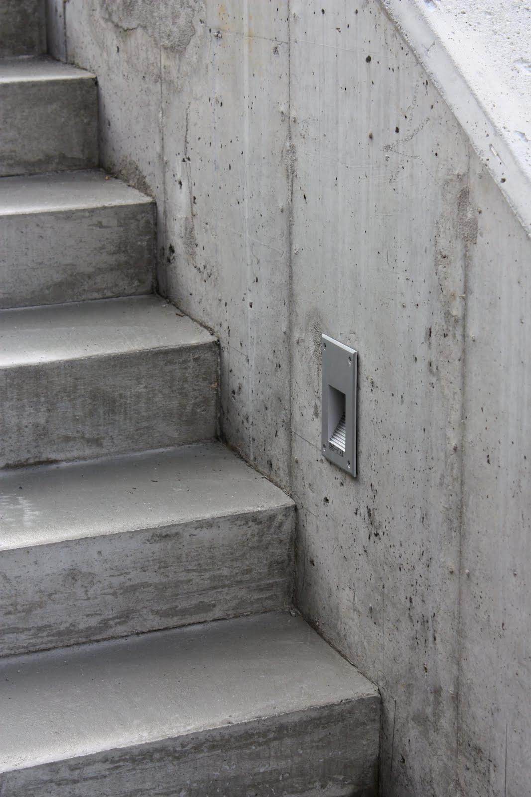 Fliser i trapp inne