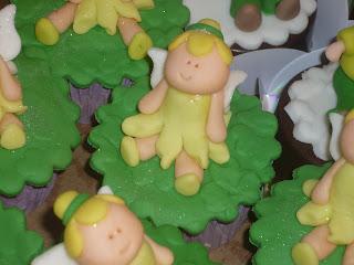 doce cupcake 3d decorado sininho