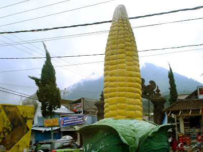 corn statue in bedugul