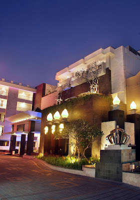 aston hotel kuta and residence entrance