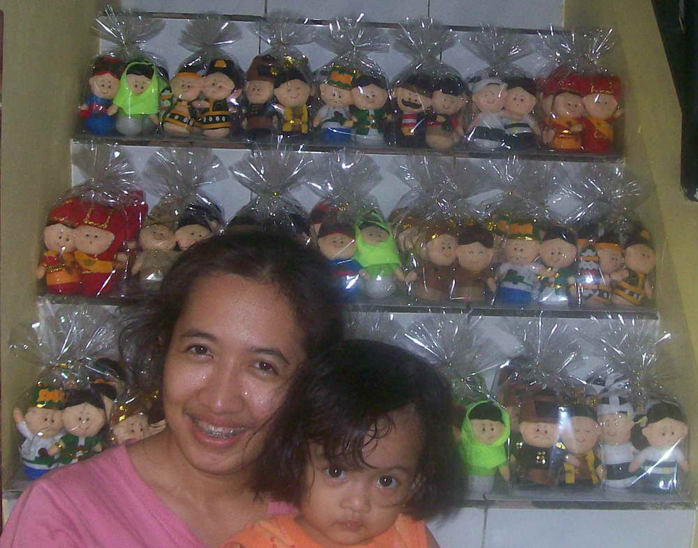 Boneka adat Nusantara dari Kain Flanel Part 1
