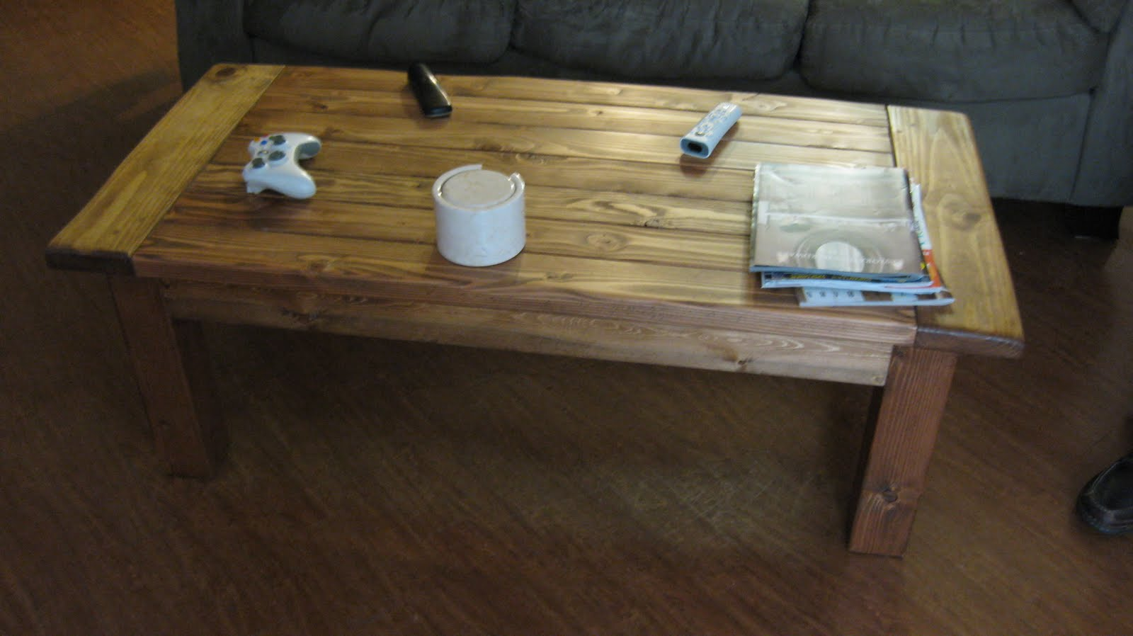 Woodwork small coffee table plan pdf plans for Small coffee table plans