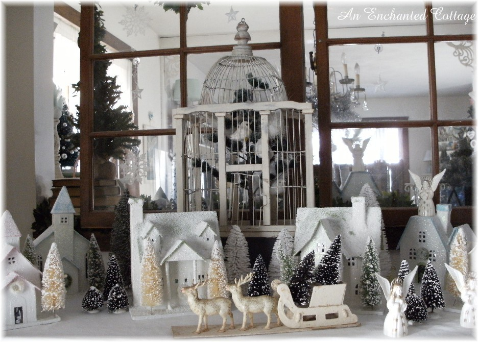 An Enchanted Cottage: The cat who stole Christmas...