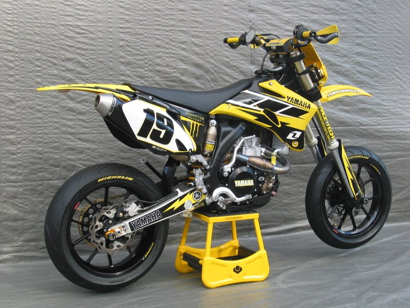 Very Cool Yamaha Motard with old school colors