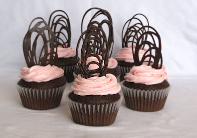 strawberry chocolate cupcakes