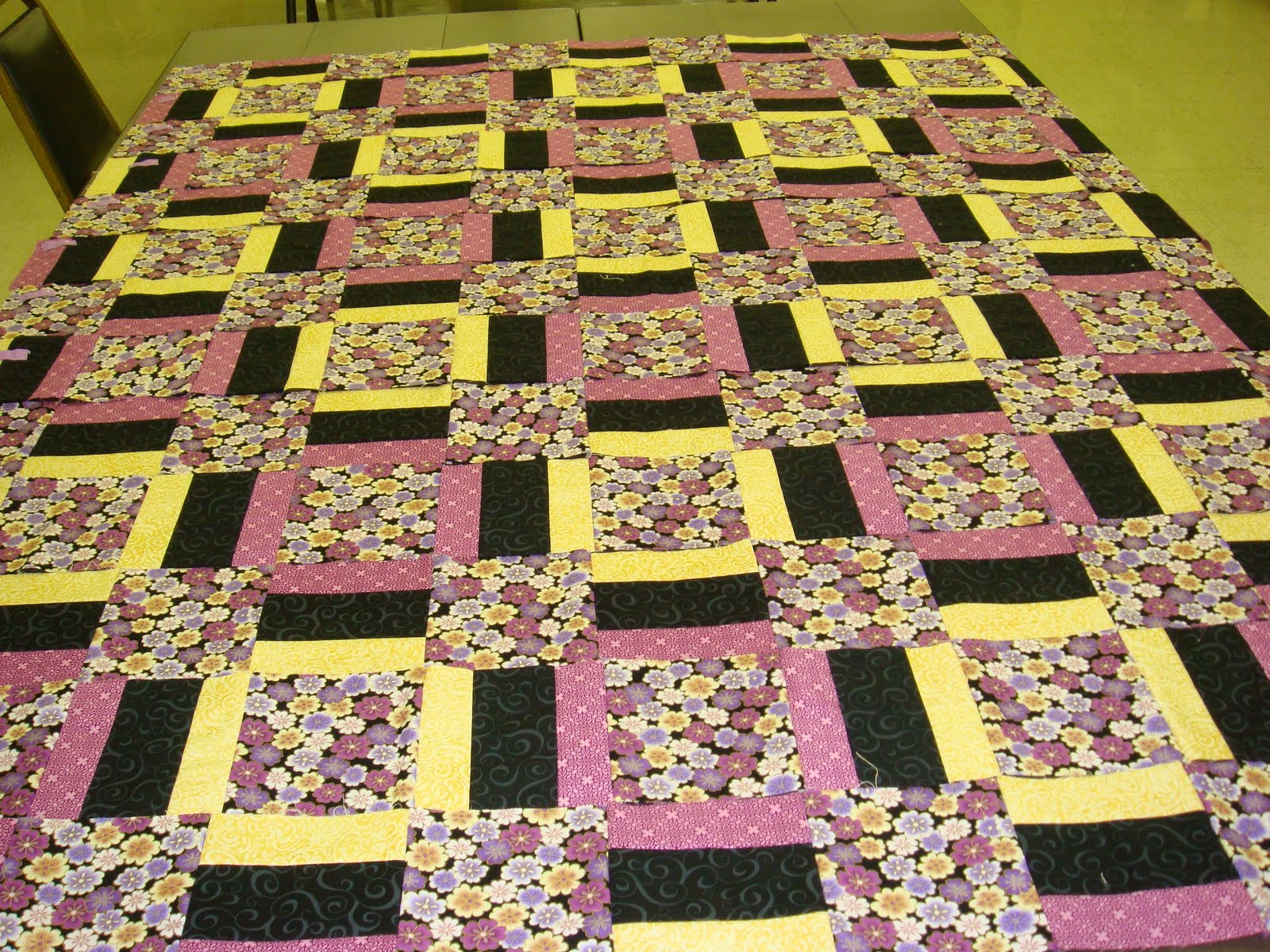 Small Quilts, Big Events by Julia LaBauve & Tammy Silver, 12