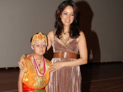 Vidya Malvade with a mentally challenged child