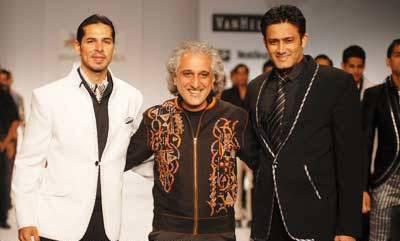 Manoviraj Khosla with Dino & Anil