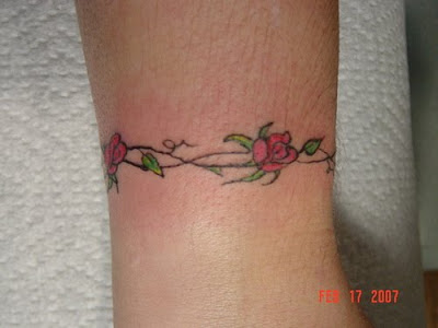 wrist rose tattoos girls wrist tattoos with rose tattoos designs