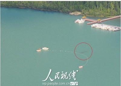 新疆喀納斯湖 水怪 - 新疆喀納斯湖發現不明水怪