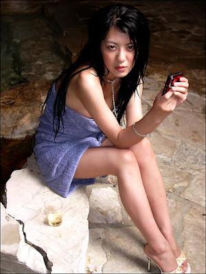 李波妮 - 南韓首位「花花公子」封面女郎 李波妮