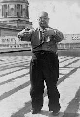 Zhan Zhuang (Standing Meditation)