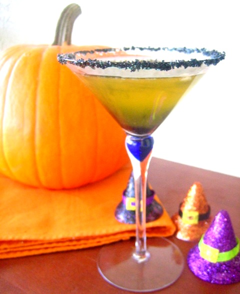 2 Savory Palates: Ghoulish Cider Cocktail