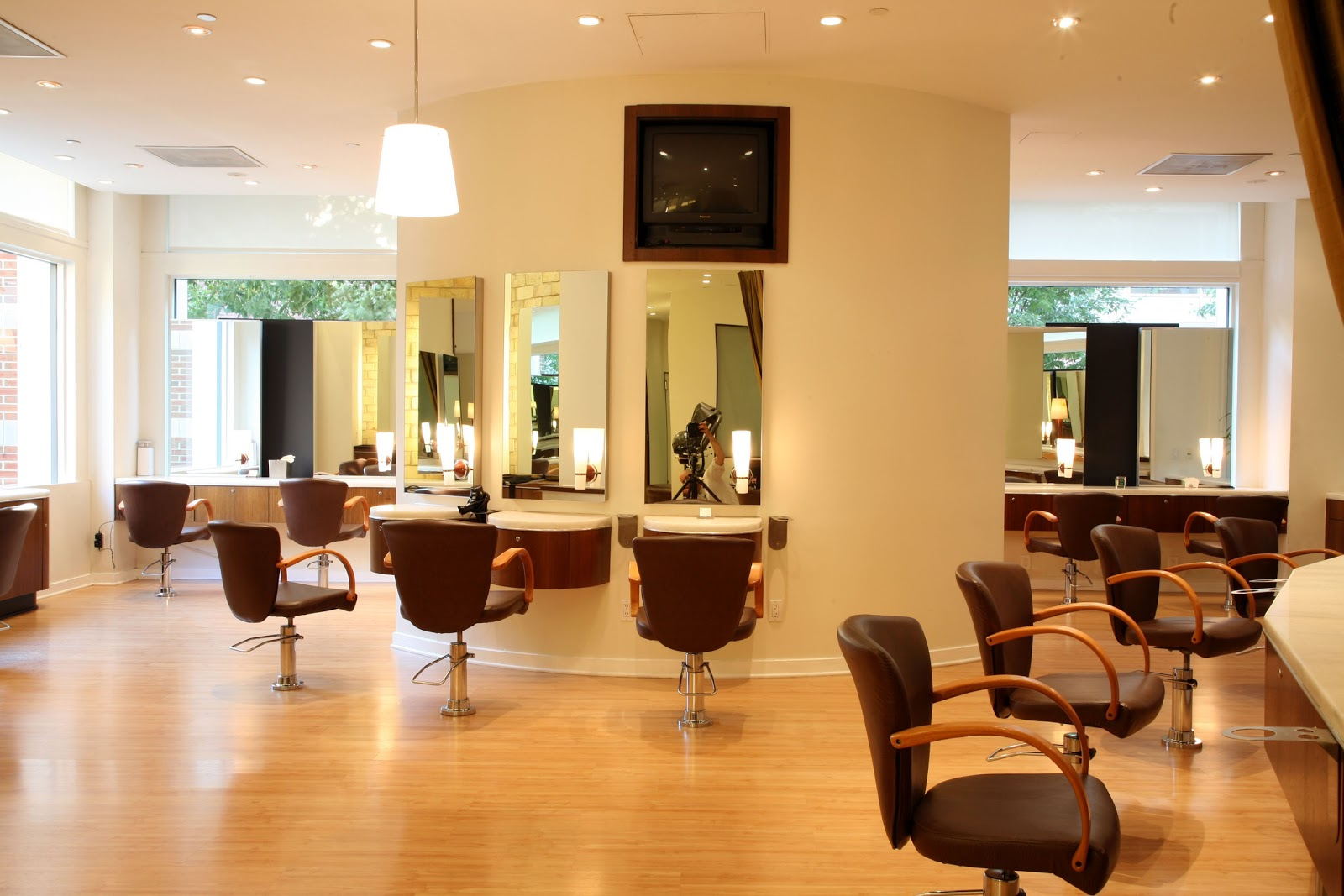 Beautifile: Review- Privé Salon NYC
