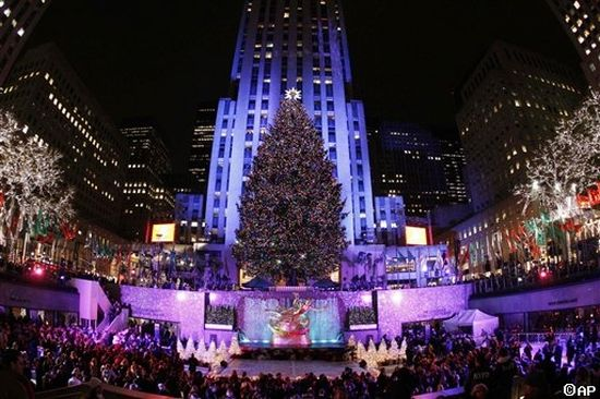 just watched the today show video of the tree delivery to rockefeller plaza and thats pretty amazing looks like a great family donated it - Rockefeller Christmas Show