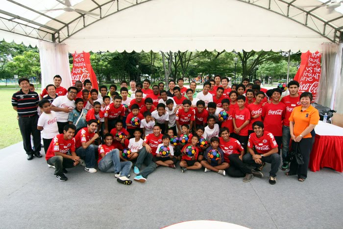 BoLASEPaKO.com - a simple view on SINGAPORE SOCCER: [Feature]COCA ...