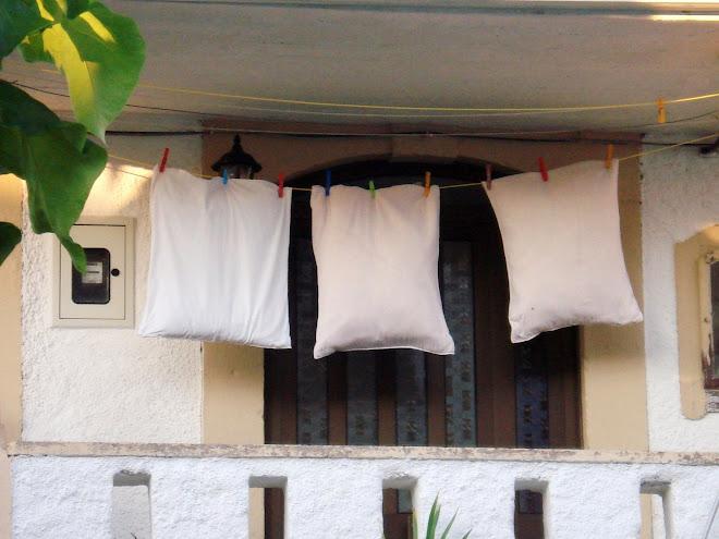Ménage à trois.....a possibility...