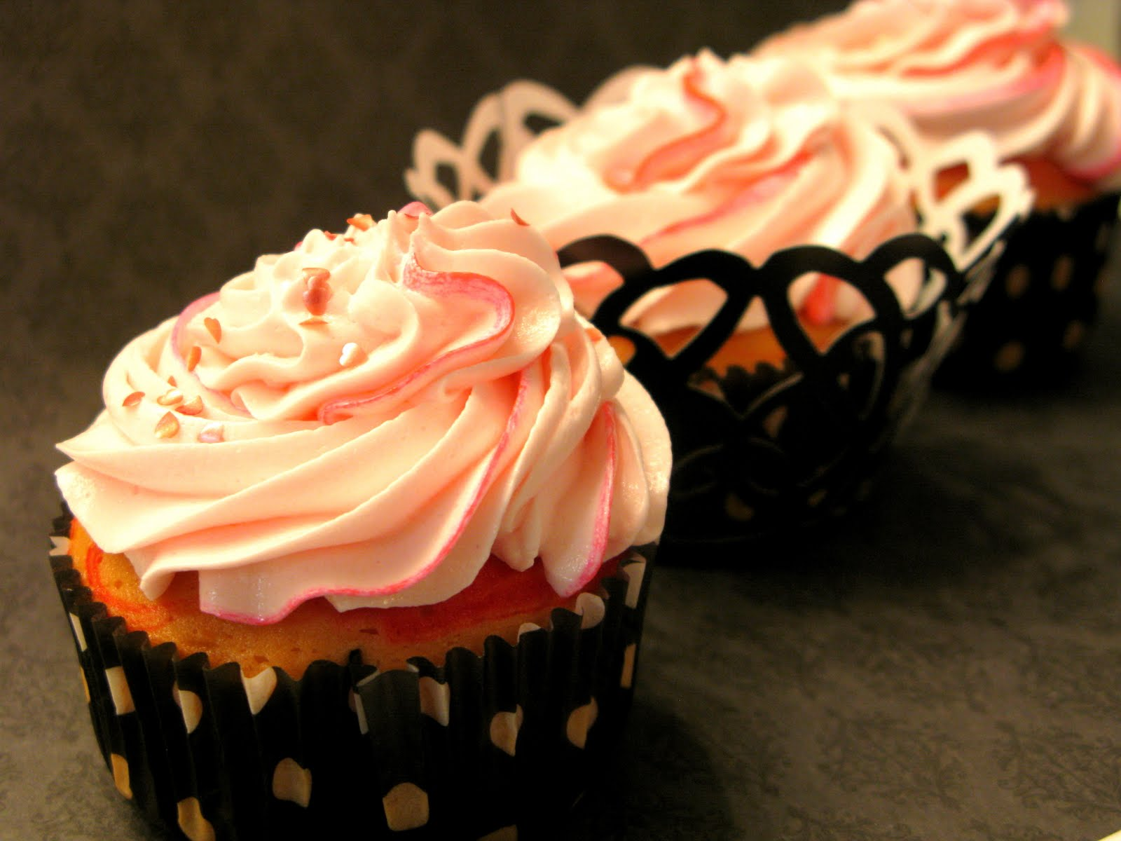 My Fair Cupcakes: Pink Champagne Cupcakes