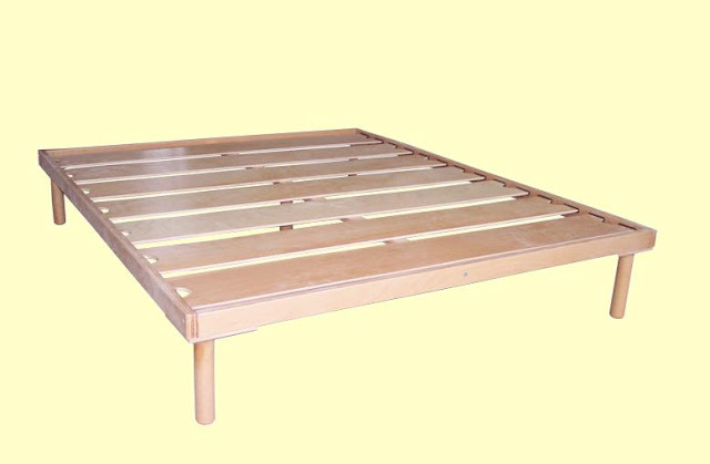 Simple Wooden Double Bed : Standard size: 160-180-200x190-200x30-35-40 cm