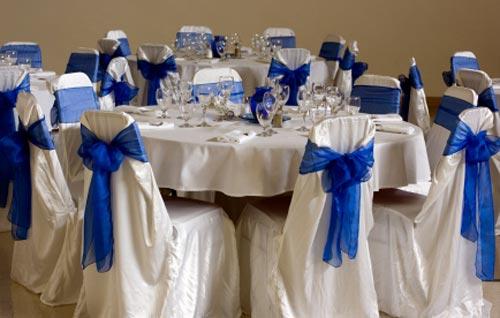 Lubne kolory niebieski finezja pracownia florystyczna for Cheap wedding venue decoration ideas