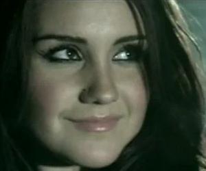 Dulce María - Inevitable - Video y Letra - Lyrics