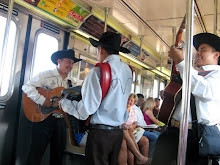 7 train musicians