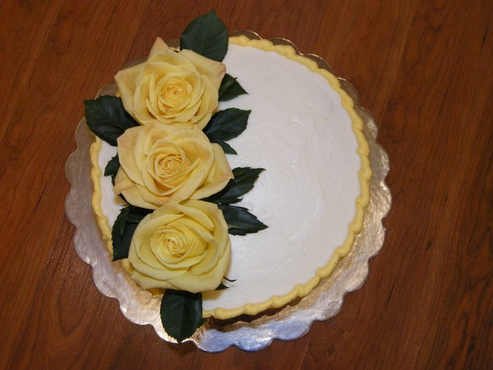 Sweetest Expressions A Birthday Cake With Real Yellow Roses