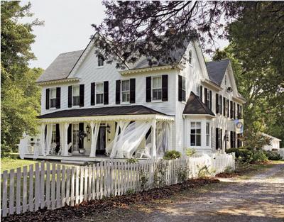 Colonialeast mer inspiration verandor more inspiration porches